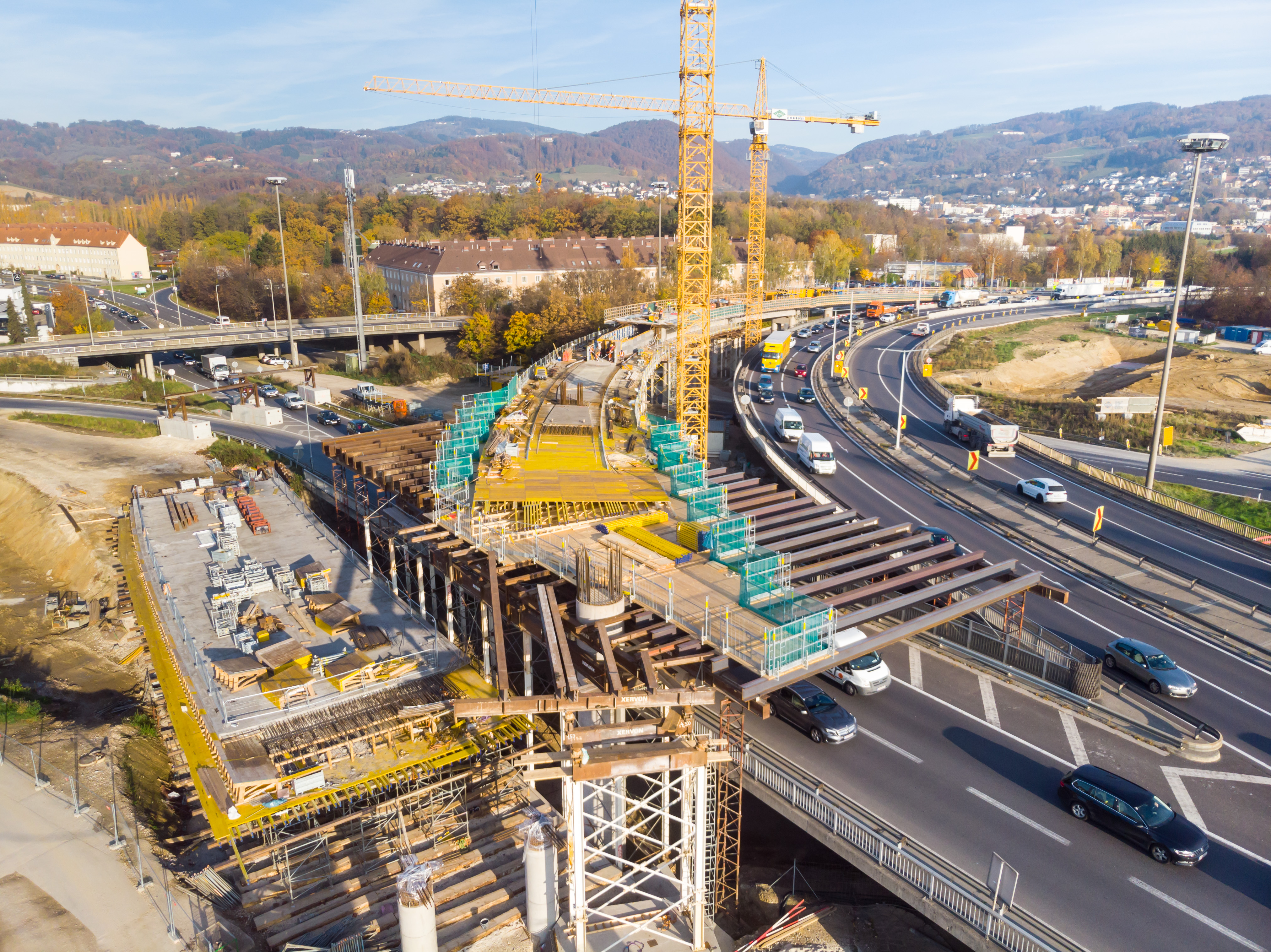 Linz A7 Bypassbrücken  - Road and bridge construction